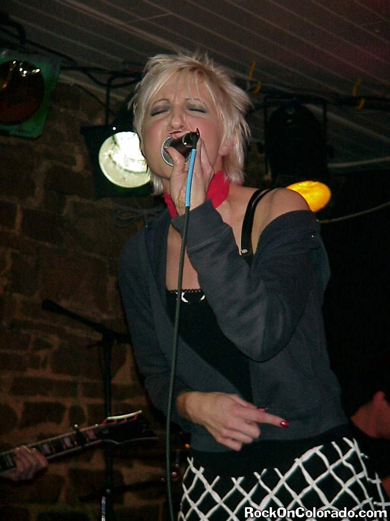 help lead singer, Deb Hooks and her tight rockin' band